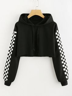 To find out about the Contrast Checked Sleeve Crop Hoodie at SHEIN, part of our latestSweatshirts ready to shop online New Arrivals Dropped Daily. Crop Top Outfits, Cute Casual Outfits, Stylish Outfits, Girls Fashion Clothes, Teen Fashion Outfits, Stylish Hoodies, Hoodie Sweatshirts, Aesthetic Clothes, Cropped Hoodie Outfit