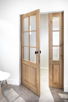 Look at this necessary graphic and have a look at the provided important info on french doors interior Wood Front Doors, Exterior Front Doors, Oak Doors, Oak Interior Doors, Interior Exterior, French Oak, French Doors, Casa Patio, Build Your House