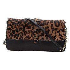Lindas bolsas de mano Animal Print para un atuendo moderno   http://modayaccesorios.info/lindas-bolsas-de-mano-animal-print-para-un-atuendo-moderno/