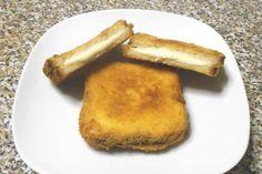 La mozzarella in carrozza è un tipico antipasto della Campania. La mozzarella, fra due fette di pane in cassetta, è passata nell'uovo e poi nel pangrattato.