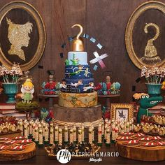 ( ^o^ ) Disney Party Ideas: Peter Pan Party Disney Birthday, Pirate Birthday, Pirate Party, 3rd Birthday Parties, Baby Birthday, Birthday Ideas, Birthday Cake, Fête Peter Pan, Peter Pan Cakes