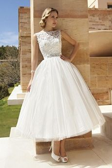 Ball Gown Bateau Tea-length Lace Tulle Wedding Dress