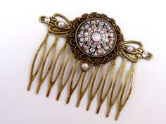 18,50€. Elegant antique-style hair comb with pearls flower, antique hair jewelry