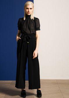 Pantalon noir en crêpe taille haute