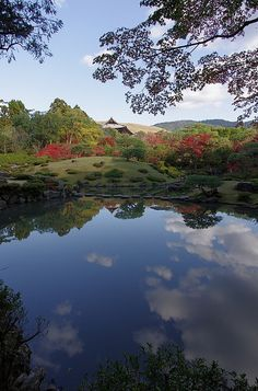 Isuien, Nandaimon and Wakakusayama, Nara, Japan