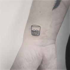 On the rocks tattoo #boscardink #whisky #ontherocks