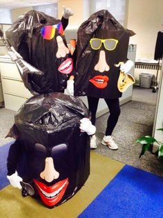 california raisins costume cardboard boxes and black garbage bags - California Raisin Halloween Costume