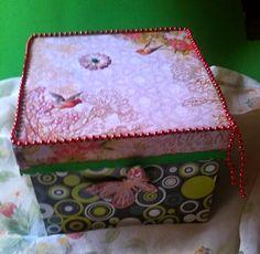 Mi Rincón de Manualidades: VERDEJA Caja decorada con papel de scrapbook, coll...