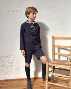 Boys Short Suit, Boys Uniforms, Young Cute Boys, Boy Models, Kids Fashion Boy, School Uniform, Mens Suits, Boy Outfits, Sailor