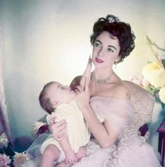 Elizabeth Taylor. Photo: Cecil Beaton