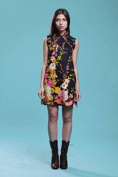579e96614d9b Cheongsam mini dress printed cotton chrysanthemum floral Asian Chinoiserie  vintage 60s SMALL MEDIUM S M Vintage Clothing