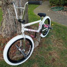 Bmx Bandits, Cruiser Bicycle, Bmx Bikes, Bicycles, Mountain Biking, Beach, Boards, Touring Bike, The Beach