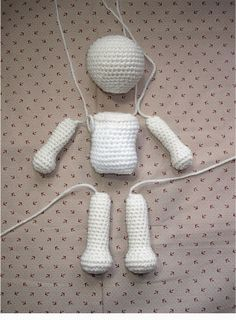 20+ FREE Crochet Doll Patterns {Free Crochet Patterns and Tutorials to Crochet a Doll)}