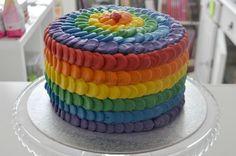 Rainbowcake, regenboogtaart. Nu op liefdevoorbakken.nl