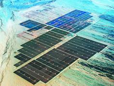 Nel deserto del Mojave a 300 km da Los Angeles posizionati 8,6 milioni di pannelli di nuova tecnologia al tellururo di cadmio. Energia per 160 mila abitazioni