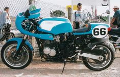 Triumph Sprint, Triumph Cafe Racer, Cafe Racers, Custom Street Bikes, Trident, Cars And Motorcycles, Bespoke, Google