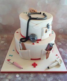 Nurse fondant cake • gâteau infirmière   Cake decorating • cake design • fondant cake