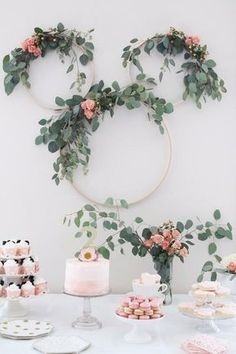 Not your typical Minnie Mouse Tea Party Second Birthday. Pretty pink and greenery makes a sophisticated feel. Minnie mouse party ideas & kid& birthday ideas & The post Minnie Mouse Tea Party Second Birthday appeared first on Dekoration. Birthday Party Decorations Diy, Bridal Shower Decorations, Birthday Parties, Card Birthday, Birthday Greetings, Happy Birthday, Decoration Party, Tea Parties, Dinner Parties