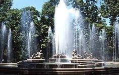 Fuente del parque LOS CAOBOS