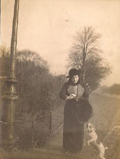 This photo was in my parents boxes of old family photographs. Antique Photos, Vintage Photographs, Vintage Photos, Vintage Dog, Vintage Paris, Beautiful Paris, Old Paris, Old Photography, Antique Paint