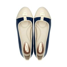 The beautiful navy blue & cream Lily Bonessi Ballerinas with signature cushioned inner sole.  https://bonessiballerinas.com/ballerinas/lily/lily-navy-bluecream  #LondonFashion #BonessiBallerinas #LondonDesigners #Bonessi #ComfortableShoes #Comfort #FlatShoes #London #Shoes #Fashion #Outfit #Shopping #Beautiful #Style #LuxuryFashion #LeatherShoes #Luxury
