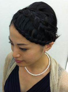 Lace braid and dutch braid
