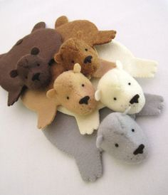 """This could be imitated in yarn. Felt Bear Rug Coasters, so cute, by Lisa Higuchi of """"Dandyrions"""", visit her Etsy shop: http://www.etsy.com/shop/dandyrions"""