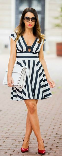 Causal Stripes Cut-out Dress # Back Zip Detail #DeliveringTrust #OnlineShopping http://www.shoppemall.com/