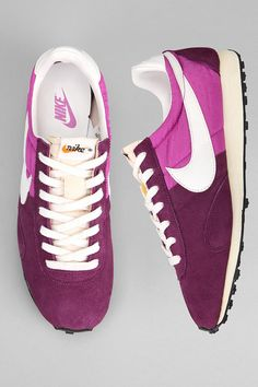 reputable site 63807 9b164 Urban Outfitters Nike Pre Montreal Racer V Sneaker Urban Fashion Girls,