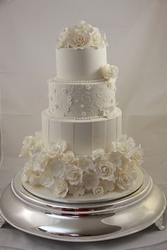 Kacie - Wedding Cake by Designer Cakes By Effie, via Flickr
