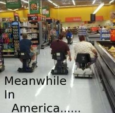 Meanwhile in America Funny Walmart People, Funny Walmart Pictures, Funny People Pictures, Funny Images, Funny Photos, Walmart Shoppers, Walmart Humor, Bing Images, America Funny