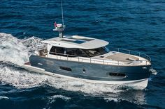 Top Five Reasons Yacht Charters in Bahamas Are Better Boat Dealer, Sailboats For Sale, Boat Insurance, Vehicles, Pictures, Photos, Motor Yachts, Campers, Wallpapers