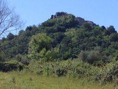 Vista dalla valle sottostante