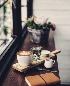 morning at a cafe