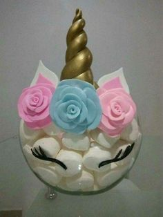 Perfecto para una fiesta infantil, unicorn center piece great for lularoe events or any unicorn themed party that could use an inexpensive diy creative idea for a unicorn centerpiece party decorations 1st Birthday Parties, Birthday Party Decorations, Birthday Ideas, Girl Parties, Cake Decorations, Pyjamas Party, Unicorn Themed Birthday, Birthday Cake, Unicorn Baby Shower