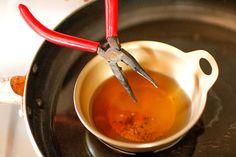 サビ取りには熱した酢が効果的! | DIYer(s)