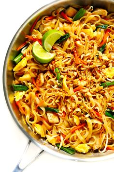 The BEST Pad Thai recipe! It's easy to make with either chicken, beef, pork, shrimp or vegetarian (with or without tofu), and tastes even better than the restaurant version! A delicious healthy dinner recipe that everyone will love.   gimmesomeoven.com #padthai #thai #noodles #stirfry #takeout #chicken #healthy #dinner #recipe #vegetarian