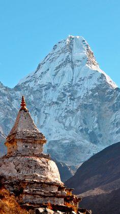 Everest Mountain, Monte Everest, Nepal Culture, Everest Base Camp Trek, Nepal Trekking, Shangri La, Buddhist Art, Amazing Destinations, Places To Travel