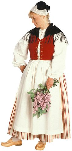 Uuraisten naisen kansallispuku. Kuva © Suomen käsityön museo Folk Costume, Costumes, Traditional Dresses, Gowns, Wedding Dresses, How To Wear, Folklore, Women, Art Reference