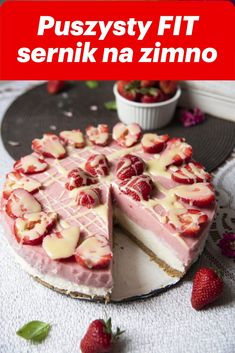 Fluffy FIT cold cheesecake with Greek yoghurts on a crispy bottom - Po Prostu Pros Healthy Sweets, Healthy Recipes, Food Carving, Greek Yoghurt, I Want To Eat, Superfood, Panna Cotta, Cheesecake, Deserts