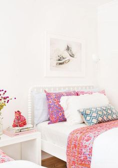 Amber Interiors Design Studio is a full-service interior design firm based in Los Angeles, California, founded by Amber Lewis. We serve clients worldwide with services ranging from interior design, interior architecture to furniture design. Teen Girl Bedrooms, Big Girl Rooms, Kids Rooms, Home Interior, Interior Design, Amber Interiors, Suites, My New Room, Beautiful Bedrooms