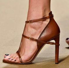 Stiletto #stiletto #shoes #vanessacrestto #fashion