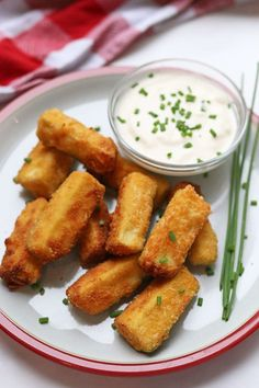 Delicious crispy Courgette Sticks coated in a parmesan crumb and made in the Tefal ActiFry for a light and healthy meal or snack Easy Meals For Kids, Toddler Meals, Tefal Actifry, Actifry Recipes, Fussy Eaters, Food Website, Appetisers, Afternoon Snacks, Vegetarian Cheese