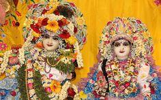 To view Radha Gokulanand Close Up Wallpaper of Bhaktivedanta Manor in difference sizes visit - http://harekrishnawallpapers.com/sri-sri-radha-gokulananda-close-up-iskcon-bhaktivedanta-manor-wallpaper-024/