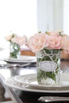 FRENCH COUNTRY COTTAGE: Adding Charm~ Place setting bouquets