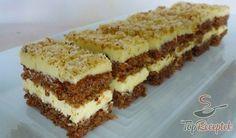 Nebíčko v tlamičce - křehké oříškové půlměsíčky German Desserts, Just Desserts, German Cake, Salty Snacks, Hungarian Recipes, Sweet Cakes, Something Sweet, Food Pictures, Sweet Recipes