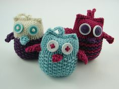 knit owl ornaments buttons pink purple teal