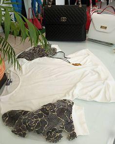 Νέες παραλαβές κάθε μέρα! Βρείτε αυτό που ταιριάζει σε εσάς στο www.vaya.gr ή στο κατάστημά μας στη Γρ. Λαμπράκη 236 ❤️ #vayagr #boutique #blouse #top #fashion #womensfashion #style #purse #thessaloniki #greece