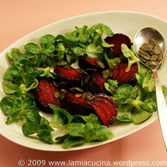 Rote Bete mit Feldsalat 0_2009 03 09_8976 by lamiacucina, via Flickr