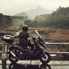 Great things about Jogja #1 : Merapi sightseeing after rain...  #shootupnride#gebaphotocontestjan2016#yamaha#nmax#merapi#ocito#givi#sharkhelmet
